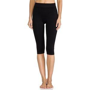 NWT Spanx Power Knee Pant Black Large